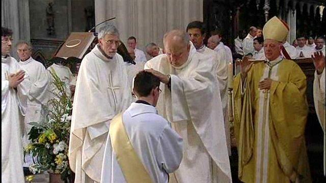 Bayeux : Benoit, un nouveau prêtre dans Echanges pretre_bayeux