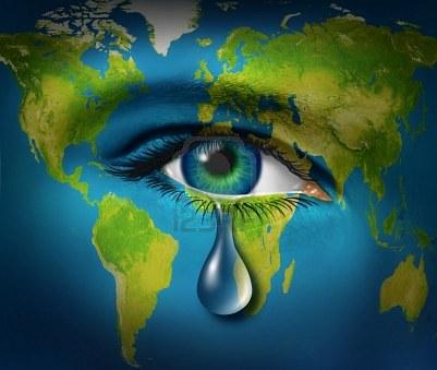 12668173-triste-larme-pleurer-d-39-un-il-d-39-un-enfant